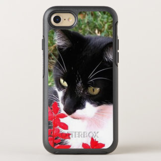 Awesome Tuxedo Cat in Garden OtterBox Symmetry iPhone 8/7 Case