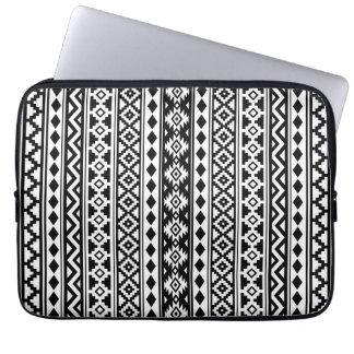 Aztec Essence Vertical Ptn IIb Black & White Laptop Sleeve