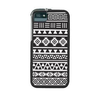 Aztec Style (large) Pattern - Monochrome iPhone 5 Case