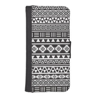 Aztec Style Pattern – Monochrome
