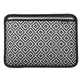 Aztec Symbol Block Sml Ptn Black & White I Sleeve For MacBook Air
