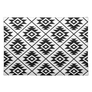 Aztec Symbol Stylized Big Ptn Black on White Placemat