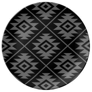 Aztec Symbol Stylized Lg Ptn Gray on Black Plate