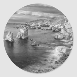 B&W beach coastline, California Classic Round Sticker