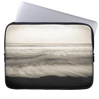B&W seascape, Hawaii Computer Sleeve