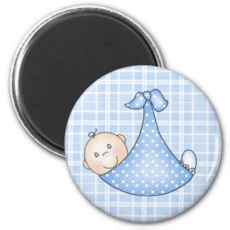 Baby Boy in Blanket   6 Cm Round Magnet