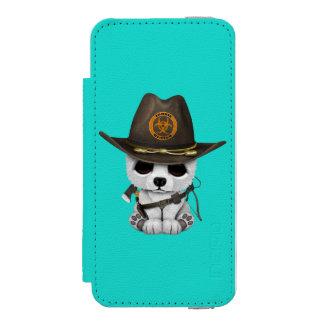 Baby Polar Bear Zombie Hunter Incipio Watson™ iPhone 5 Wallet Case