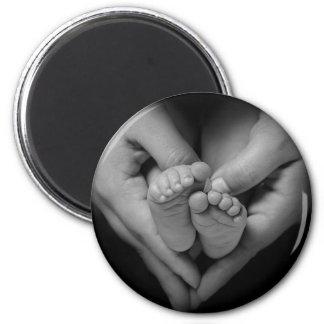 babyfeet 6 cm round magnet