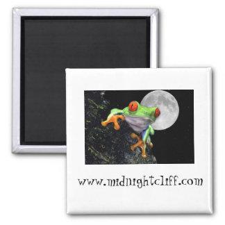 background midnightcliff frog, www.midnightclif... square magnet