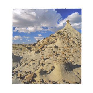 Badlands at Dinosaur Provincial Park in Alberta, 3 Notepad