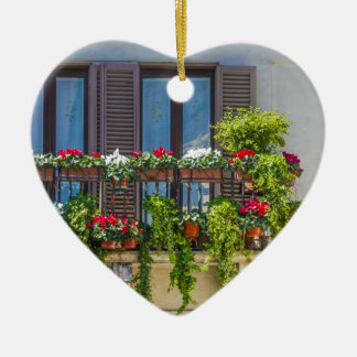 balcuny in piazza navona ceramic heart decoration