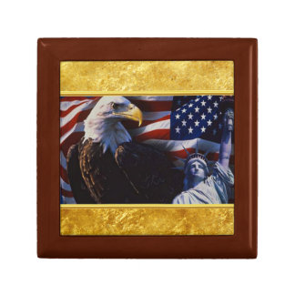 Bald Eagle an Statue of Liberty an American flag Gift Box