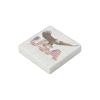 Bald eagle on the flag stone magnet