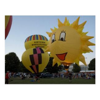 Balloon modelballon-1 postcard