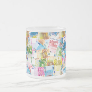 Banker cup with cash notes