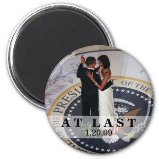 Barack and Michelle Obama Dancing at Inaugural Bal Magnets