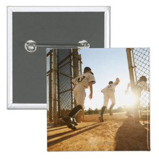 Baseball players (10-11) entering baseball 15 cm square badge