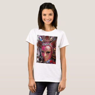 Basic t-shirt featuring a pink Venetian mask