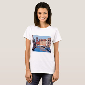 Basic t-shirt featuring the Venetian Arsenal