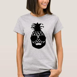 """Basic T-shirt """"HIPSTER PINEAPPLE """""""