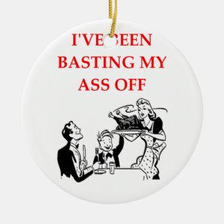 basting round ceramic decoration