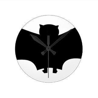 Bat #6 round clock