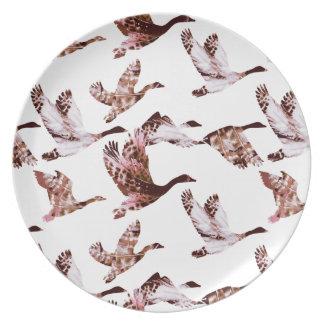 Batik Dusty Rose Geese in Flight Waterfowl Animals Party Plates