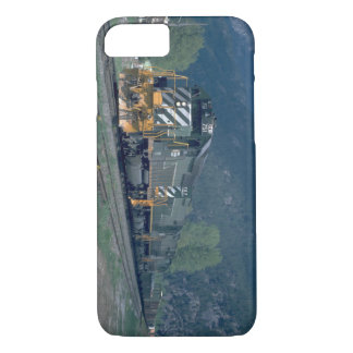 BC RY SD-40 #751_Trains iPhone 7 Case