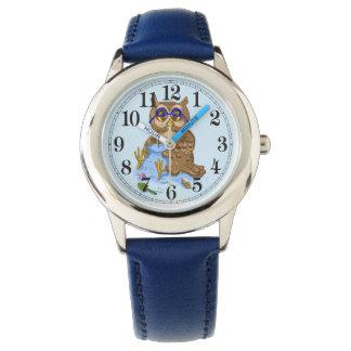 Beach owl blue sand wristwatch