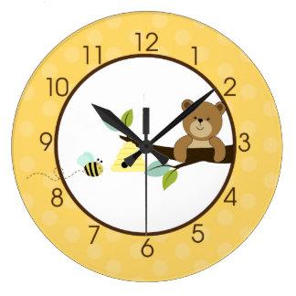 Bear and Bee Clock