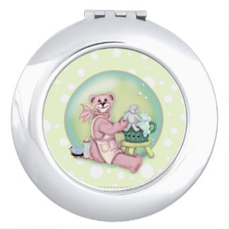BEAR BATH LOVE compact mirror