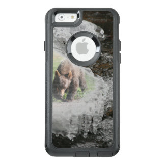 Bear in River Ice OtterBox iPhone 6/6s Case