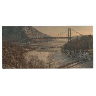Bear Mountain Bridge Wood USB 2.0 Flash Drive