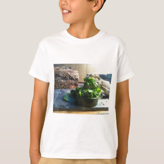 Bearded dragon enjoying salad T-Shirt