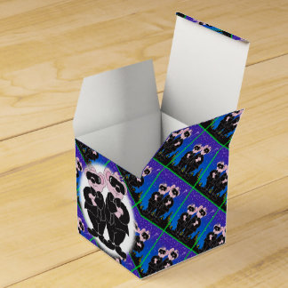 BEARS IN BLACK CARTOON Classic 2x2 Favor Box