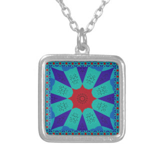 Beautiful Amazing Egyptian  Feminine Design Color Silver Plated Necklace