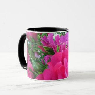 Beautiful Big Pink Roses Garden Flowers Mug