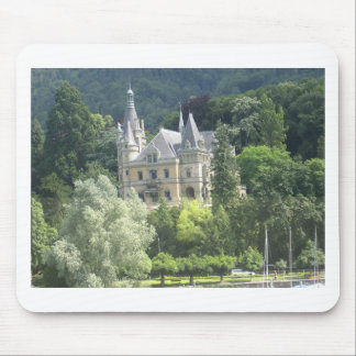 Beautiful castle on shore of Lake Thun Mousepads