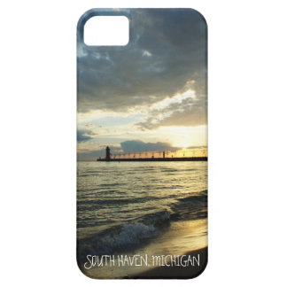 Beautiful Cloudy Sunset Over Lake Michigan iPhone 5 Cases