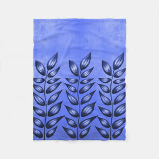 Beautiful Decorative Plant With Pointy Leaves Blue Fleece Blanket