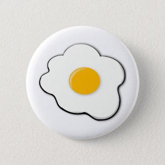 Beautiful egg 6 cm round badge