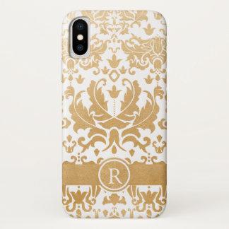 Beautiful gold damask monogram phone case