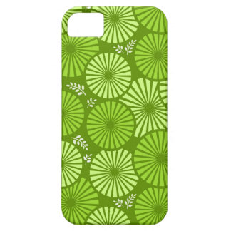 Beautiful, green retro floral iPhone 5 Case