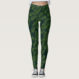 BEAUTIFUL LEAF PATTERN GREEN by Slipperywindow Leggings
