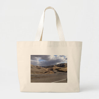 Beautiful Northern California Rolling Hills Canvas Bags