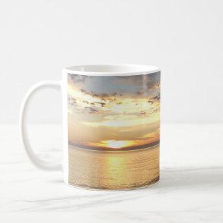 Beautiful Ocean Sunset Coffee Mug