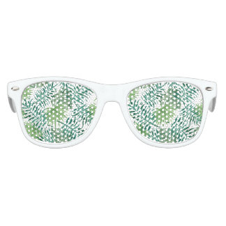 beautiful pattern fashion style rich looks  green kids sunglasses