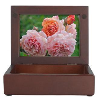 Beautiful pink roses keepsake box