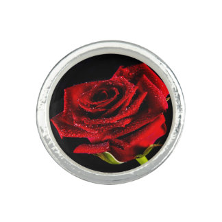 Beautiful red rose ring