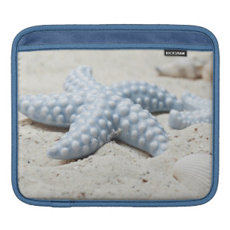 Beautiful summer beach sea star shell and sand iPad sleeve